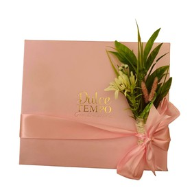Pink flower cookie box