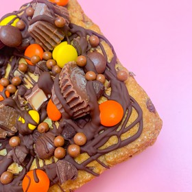 Reese's Cookie Bar