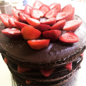 Naked Cake de fresas con chocolate