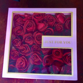 """JUST FOR YOU"" ARREGLO DE 31 ROSAS"