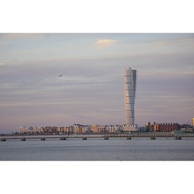 Foto: Turning Torso touched by the violet sky
