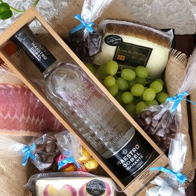 Tequila-Cheese Box